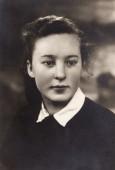 Dvyliktoje klasėje Anykščių   gimnazijoje. 1944 m.