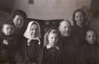 Šeima tremtyje. 1952 m.