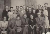 Išleistuvės su prof. J. Balčikoniu, E. Meškausku, V. Mykolaičiu-Putinu ir K. Korsaku. 1959 m.